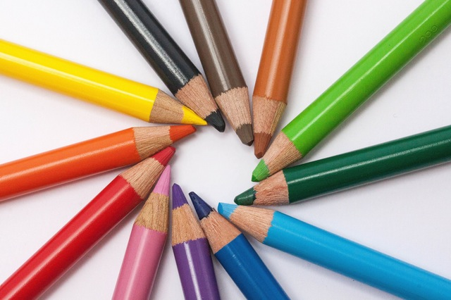 Top Cotizadores de Seguros en México - Representación en lápices de colores